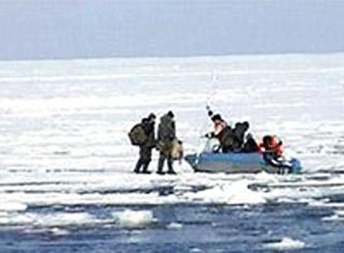 на сахалине утонули рыбаки